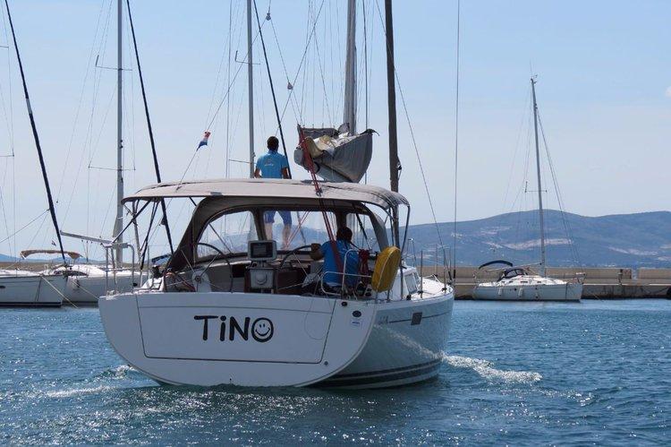 Boat for rent Hanse Yachts 37.0 feet in Marina Kastela, Kastela, Croatia