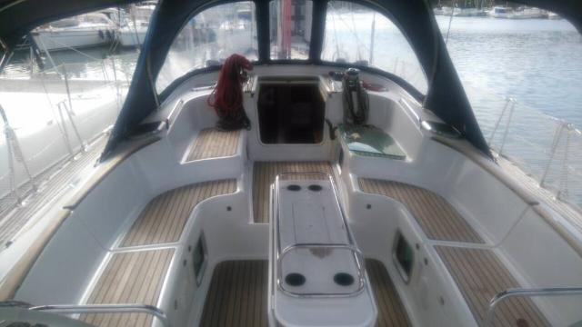Boating is fun with a Jeanneau in Campania
