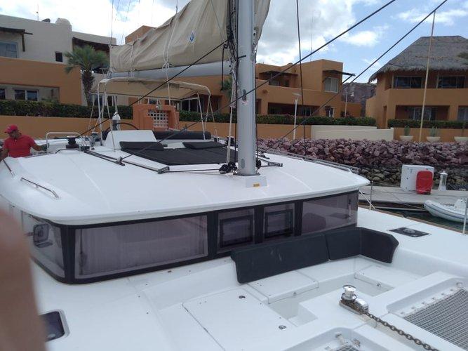 Lagoon boat for rent in La Paz