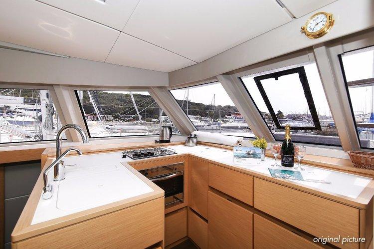 Discover Zadar region surroundings on this Nautitech 46 Open Nautitech Rochefort boat