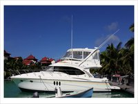 Enjoy luxury and comfort on this  Silverton Ovation 52 in Mahe, Victoria