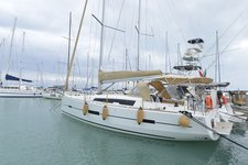 Climb aboard this Dufour Yachts Dufour 412 GL for an unforgettable experience