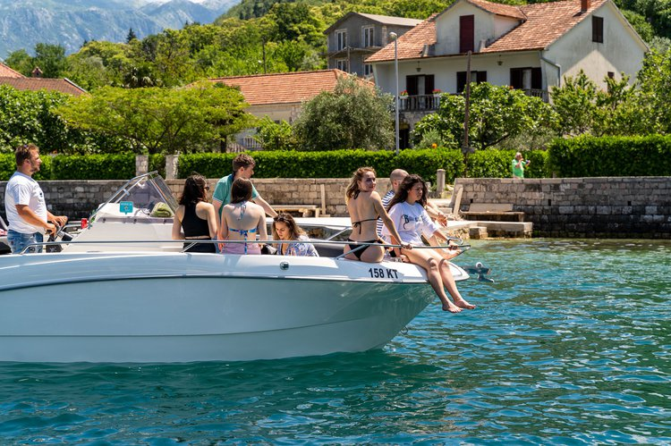 Cruise in style on this beautiful motor boat for rent