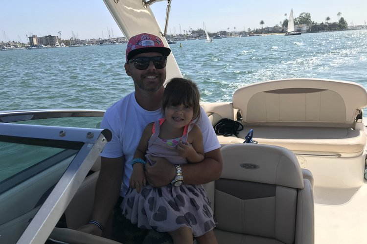 Discover Newport Beach surroundings on this 276 SSI Chaparral boat