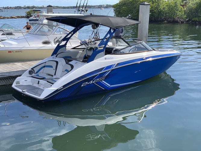 Boat for rent Yamaha 24.0 feet in Boynton Beach, FL