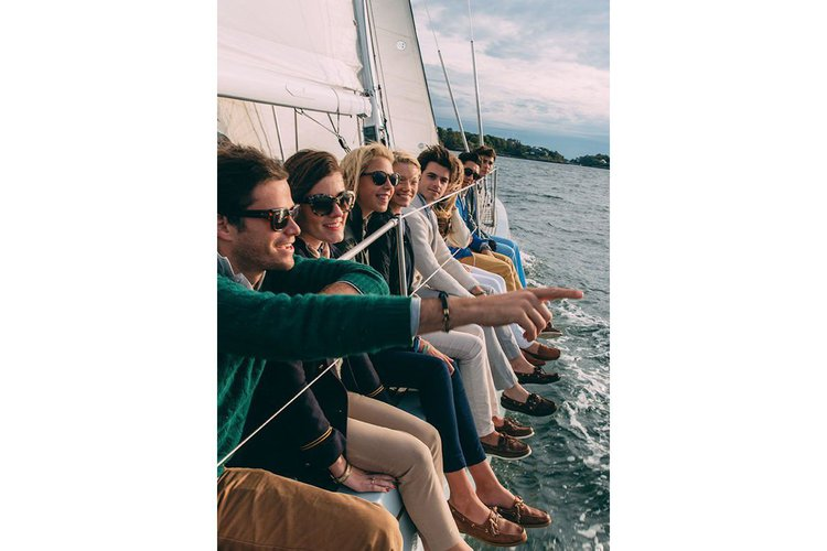 Experience the waters of California on the beautiful sailing boat!