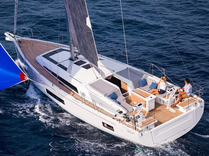All you need to do is relax and have fun aboard the Beneteau Oceanis 46.1