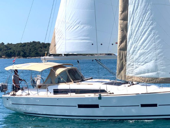 Rent this Dufour Yachts Dufour 382 Grand Large - 2 cab for a true nautical adventure