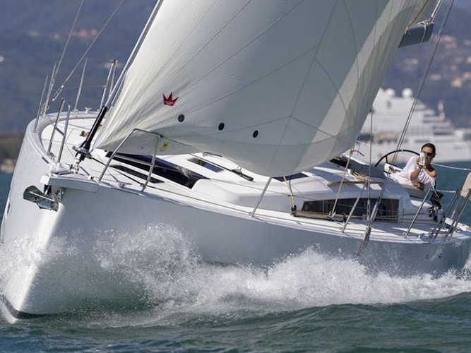 Get on the water and enjoy Volos in style on our Dufour Yachts Dufour 430 Grand Large