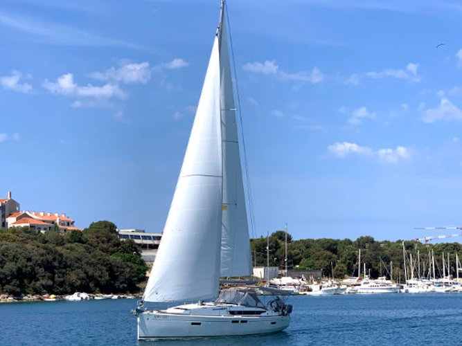 Enjoy Pula, HR to the fullest on our comfortable Jeanneau Sun Odyssey 479