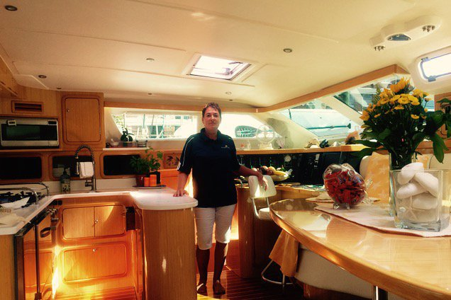 This 50.0' St Francis cand take up to 6 passengers around Sag Harbor