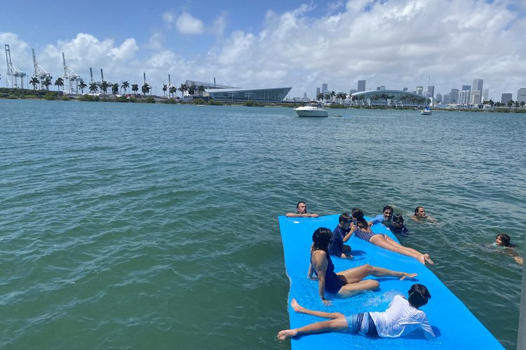 Boating is fun with a Pontoon in Miami Beach
