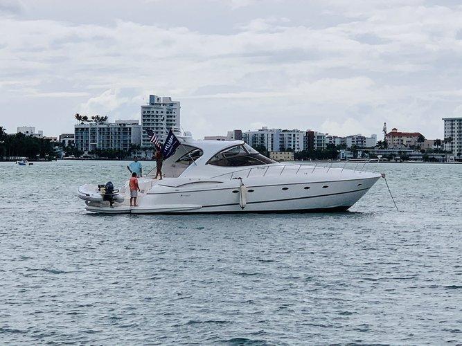 58.0 feet Cruisers Yacht in great shape