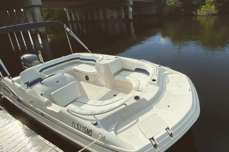 Deck boat boat for rent in Hollywood