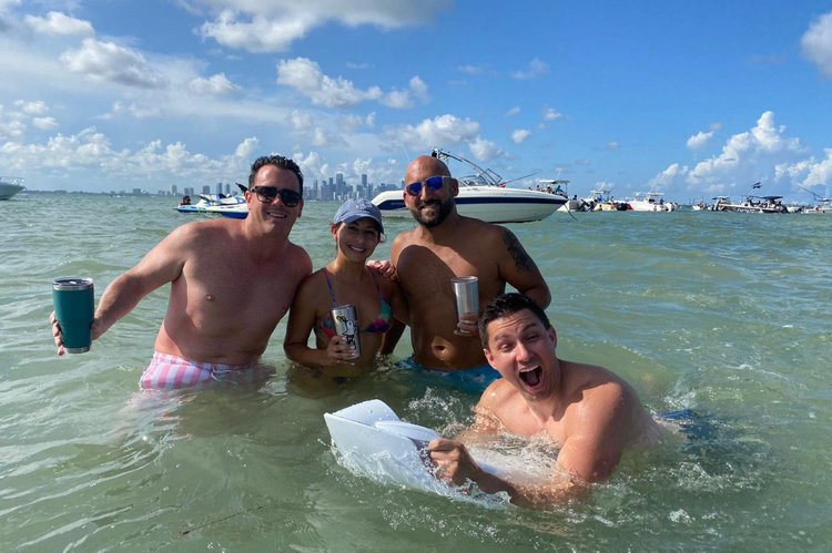 Jet boat boat rental in Miami, FL