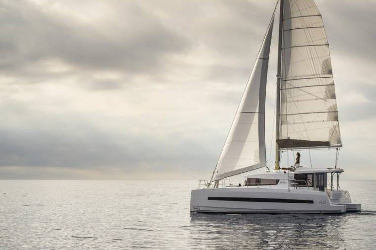 Enjoy picturesque views in Bahamas onboard Bali 4.0 Owner Version