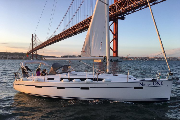 Bavaria boat for rent in Lisboa