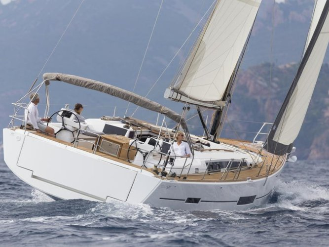 Charter this amazing sailboat in Portisco