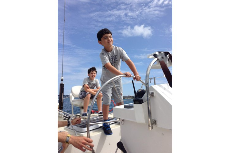 Boating is fun with a Motorsailer in Newport