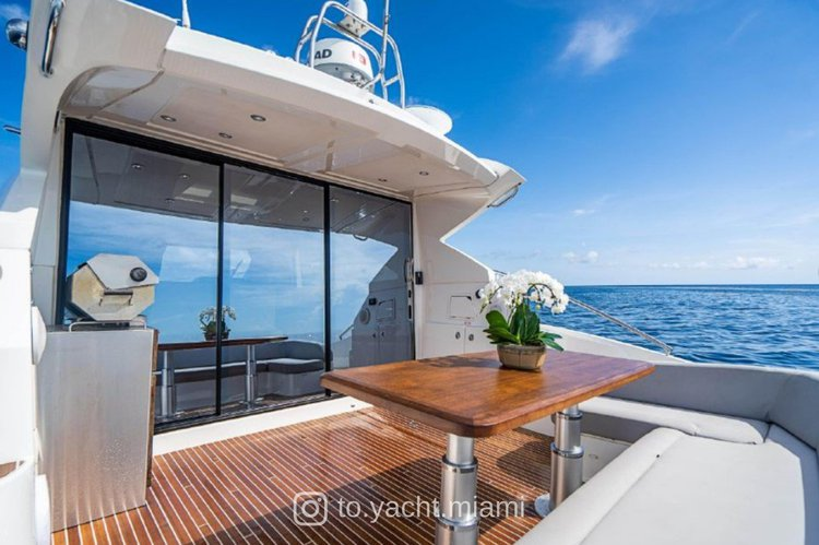 Beneteau boat for rent in Miami