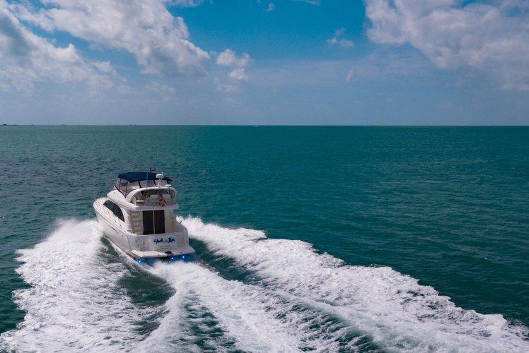Meridean's 50.0 feet in Miami