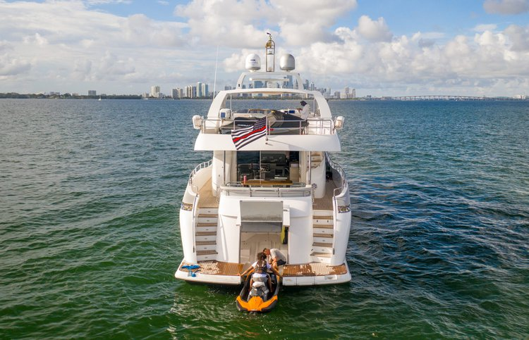 Peer Gynt's 85.5 feet in Miami Beach