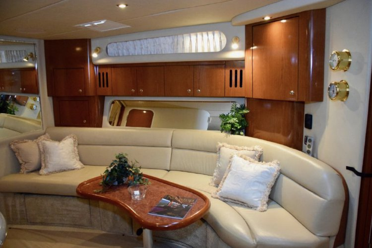 Discover Miami surroundings on this 410 SeaRay boat