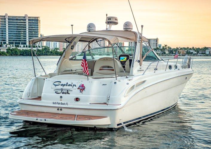 Searay's 42.0 feet in Miami