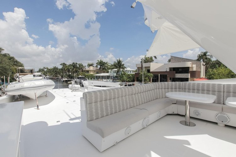 Boating is fun with a Mega yacht in West Palm Beach