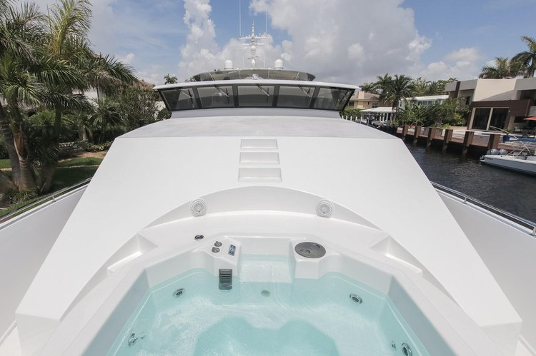 Discover West Palm Beach surroundings on this 124 Westport boat