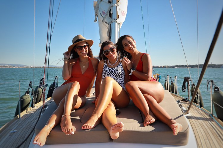 Boating is fun with a Beneteau in Lisboa
