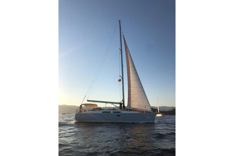 Cruiser boat for rent in Göcek