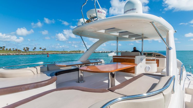 Catamaran boat for rent in Miami Beach