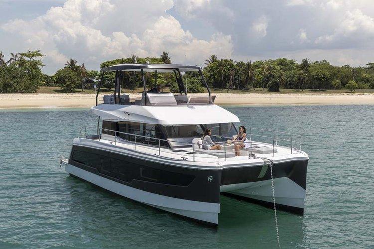 Experience Florida aboard this luxurious 42 ft catamaran
