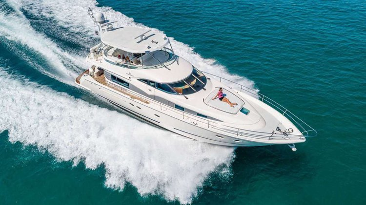 Luxury Yacht in Miami - 64' Fairline