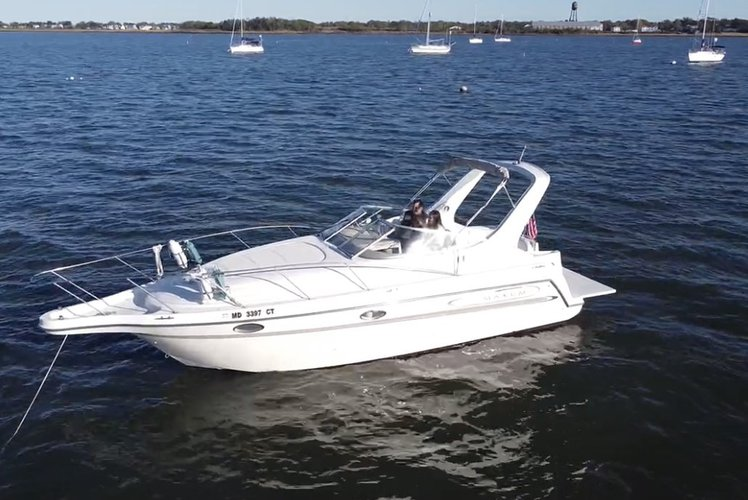 Charter This Gorgeous 30' Cruiser With The Whole Family!