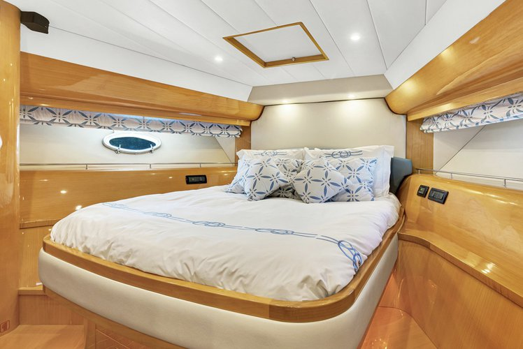 Boat for rent Uniesse 55.0 feet in 300 Alton Road,