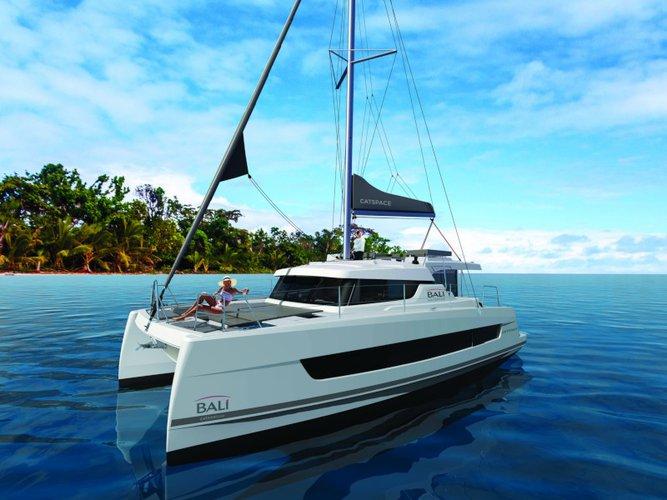 Enjoy luxury and comfort on this Bali Catamarans Bali Catspace in Barcelona