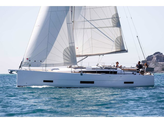 Unique experience on this beautiful Dufour Yachts Dufour 390 Grand Large
