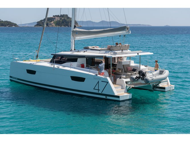 Relax on board our sailboat charter in Zakynthos