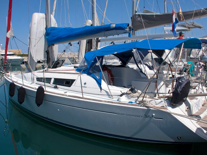Experience San Vincenzo on board this elegant sailboat