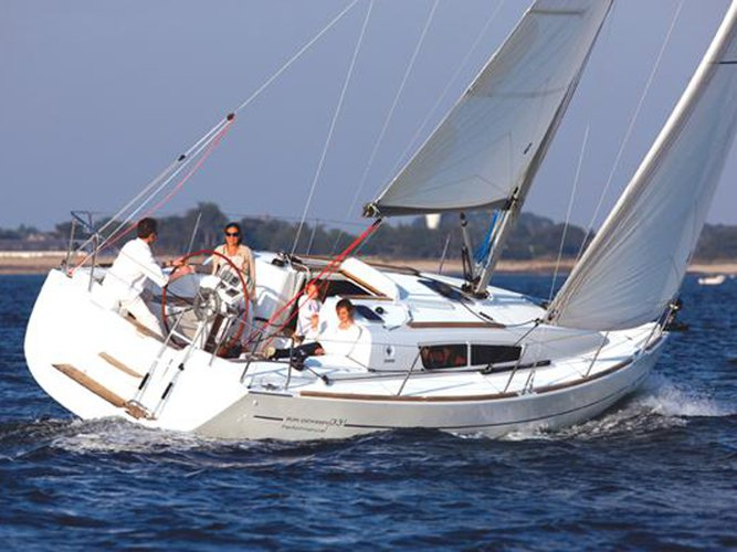 Get on the water and enjoy Marmaris in style on our Jeanneau Sun Odyssey 36i