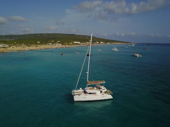 Hop aboard this amazing sailboat rental in El Rompido, Huelva!