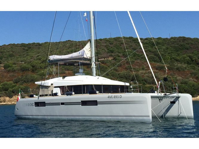 Sail the beautiful waters of Rhodes on this cozy Lagoon Lagoon 52F