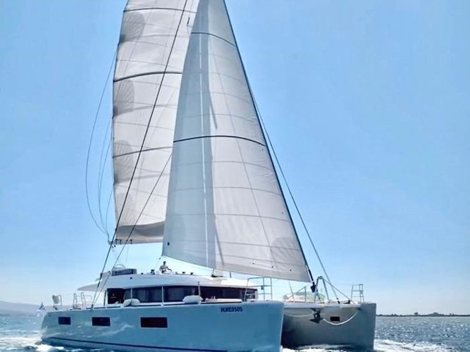Charter this amazing Lagoon Lagoon 620 in Zakynthos, GR