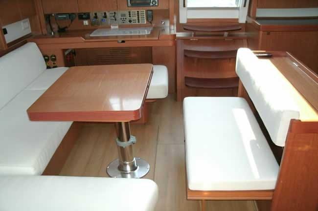 Monohull boat rental in Fort Lauderdale, FL