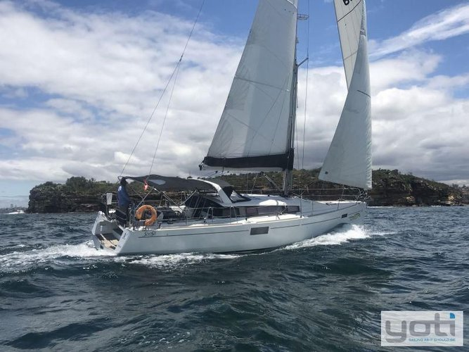 Boating is fun with a Monohull in Fort Lauderdale