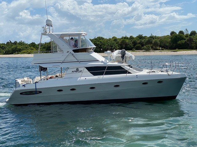 42' AFRICAT SUPER WIDE & COMFORTABLE