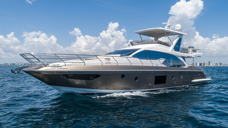 Boat for rent Azimut 66.0 feet in Fountainebleau Hotel Marina,