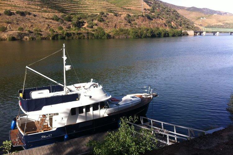 Boat rental in Porto,